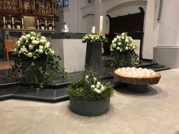 Deko-Grabeskirche-Armern